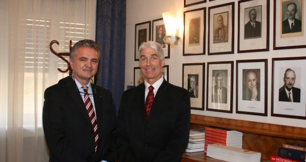 Prof. dr. sc. Željko Krznarić i prof. Donald D. Hensrud u Hrvatskome liječničkom zboru