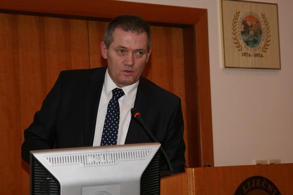 Prof. dr. sc. Željko Cvetnić održao predavanje na simpoziju Akademici u Hrvatskome liječničkom zboru