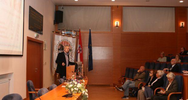 Dr. sc. Darko Perović održao je predavanje o križobolji u Hrvatskome liječničkom zboru