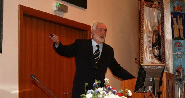 Prof. dr. sc. Zvonko Rumboldt